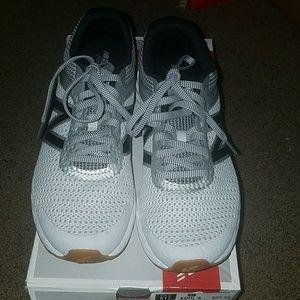 New Balance 520V3 Athletic Sneaker